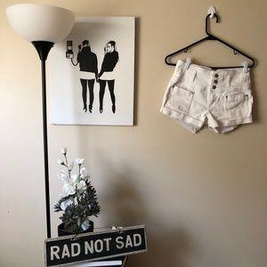 🌸Juniors No Boundaries High Waist White shorts